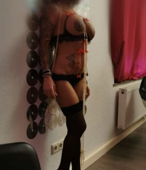 שוודית סקסית – בחורה יפה בתל אביב